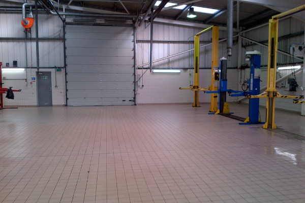 Commercial Cleaning Garage Deep Clean
